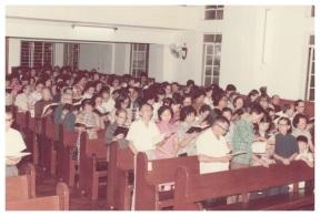 05_70年代尖沙咀生命堂聚會